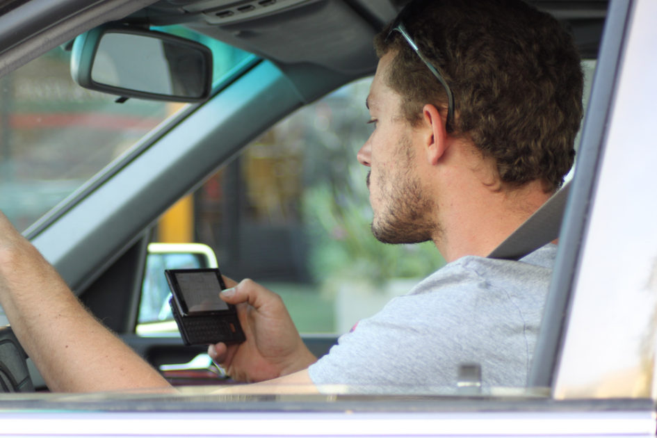 the serious problem of texting while driving among students
